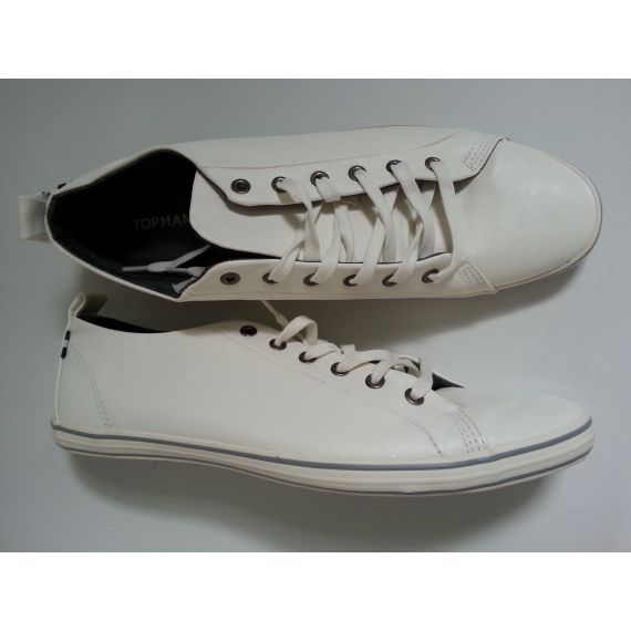Men pre-owned white lace-up trainers, size UK 11