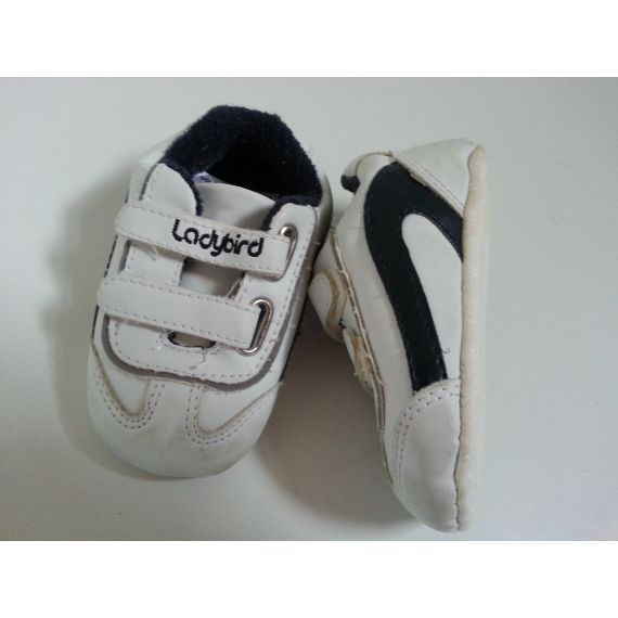 Baby boy pre-owned white with blue trainers 9-12 months
