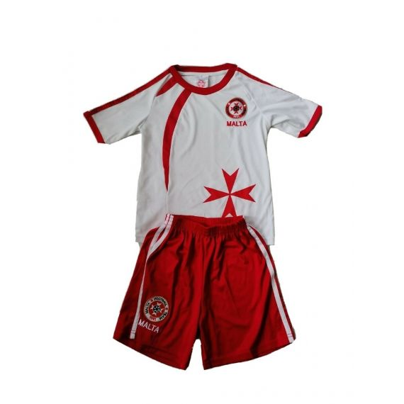 Red/white outfit 5-6 years