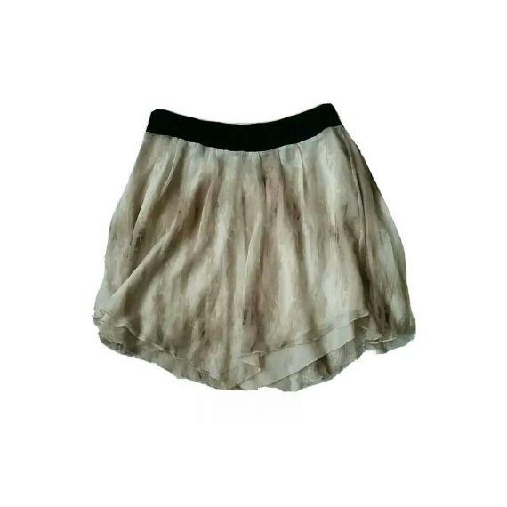 Ladies skirt UK 18