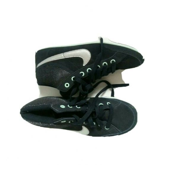 Boys pre-owned navy blue mix trainers, UK 4, EU 37