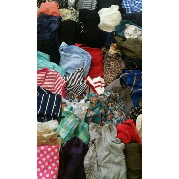 Ladies mixed used clothe