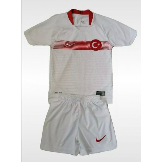 Boys white football Outfit 7-8 years