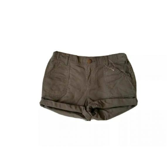 Khaki shorts 8-9 years
